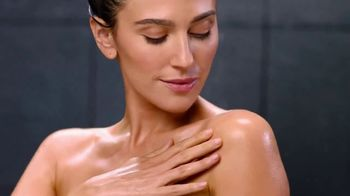 Olay Ultra Moisture Body Wash TV Spot, 'Better Believe It' - Thumbnail 9