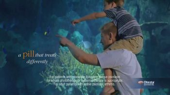 Otezla (Psoriasis) TV Spot, 'Aquarium and Pool' - Thumbnail 3