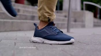 SKECHERS Men's Streetwear TV Spot, 'Conquer the City' - Thumbnail 4