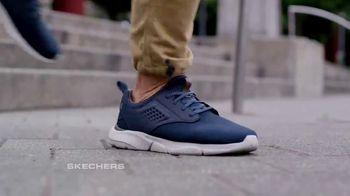SKECHERS Men's Streetwear TV Spot, 'Conquer the City' - Thumbnail 4