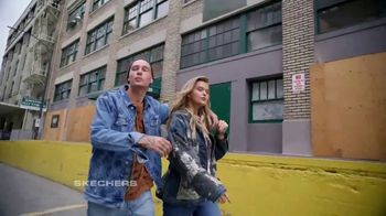 SKECHERS Men's Streetwear TV Spot, 'Conquer the City' - Thumbnail 8