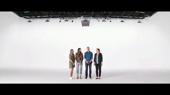 Verizon TV Spot, 'Mix & Match 2.0: Free Phone With Unlimited' - Thumbnail 7