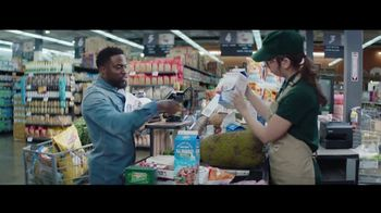 Chase Freedom Unlimited Card TV Spot, 'Grocery Store: $200 Bonus' Featuring Kevin Hart - Thumbnail 4