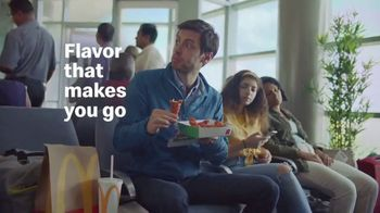 McDonald's Spicy BBQ Chicken TV Spot, 'Airport Delay' - Thumbnail 7