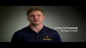 Big Ten Conference TV Spot, 'Faces of the Big Ten: Aidan Hutchinson' - Thumbnail 4