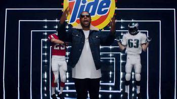 Tide TV Spot, 'Kenan Thompson Drops a Track' Feat. Melissa Villaseñor, Ric Flair, Peyton Manning - Thumbnail 10