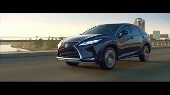 2020 Lexus RX TV Spot, 'Maximalist' [Spanish] [T1] - Thumbnail 8