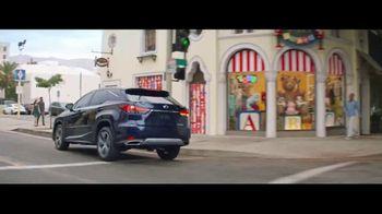 2020 Lexus RX TV Spot, 'Maximalist' [Spanish] [T1] - Thumbnail 6
