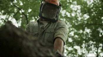 STIHL TV Spot, 'MS 250 Chainsaw' - Thumbnail 7