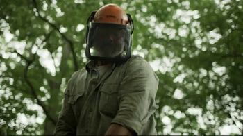STIHL TV Spot, 'MS 250 Chainsaw' - Thumbnail 8