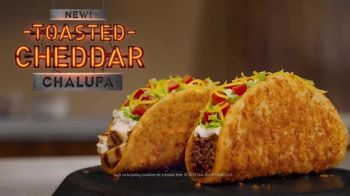Taco Bell Toasted Cheddar Chalupa TV Spot, 'Epic Line' - Thumbnail 9