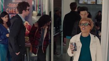Taco Bell Toasted Cheddar Chalupa TV Spot, 'Epic Line' - Thumbnail 6