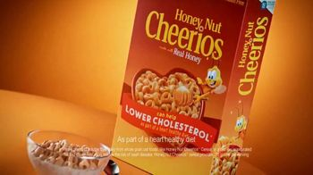 Honey Nut Cheerios TV Spot, 'A Heart in My Honey Nut' - Thumbnail 9