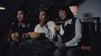Etsy TV Spot, 'Here's to the Givers: Warm Welcomers' - Thumbnail 5