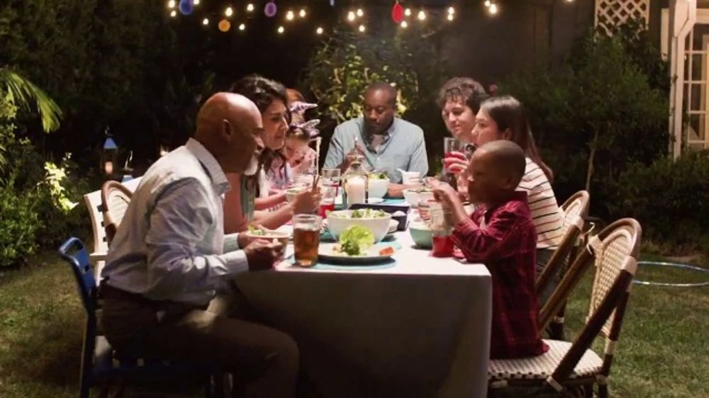 Maruchan TV Commercial, 'Bring Smiles to Every Table'