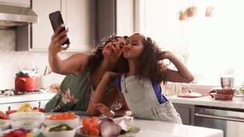 Maruchan TV Spot, 'Bring Smiles to Every Table'