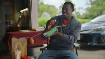 McDonald's Spicy BBQ Glazed Tenders TV Spot, 'Football' - Thumbnail 7