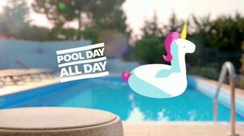 Pepsi TV Spot, 'Summergram: Pool All Day' - Thumbnail 4