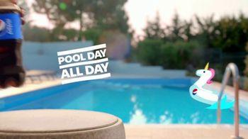 Pepsi TV Spot, 'Summergram: Pool All Day' - Thumbnail 6