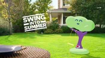 Pepsi TV Spot, 'Summergram: Swing Into Summer' - Thumbnail 5