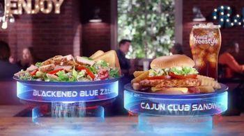 Zaxby's Cajun Club Sandwich TV Spot, 'Men in Black: International: They're Everywhere' - Thumbnail 7