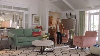 La-Z-Boy Memorial Day Sale TV Spot, 'Subtitles' Featuring Kristen Bell - Thumbnail 4