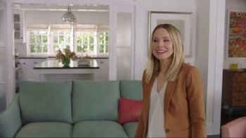 La-Z-Boy Memorial Day Sale TV Spot, 'Subtitles' Featuring Kristen Bell - Thumbnail 7