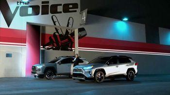Toyota RAV4 TV Spot, 'NBC: The Voice: What If' Feat. Chevel Shepherd, Andrew Sevener [T1] - Thumbnail 10