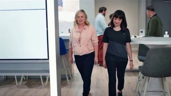 XFINITY Mobile TV Spot, 'A Little Bird Told Me: Internet and Mobile' Featuring Amy Poehler - Thumbnail 1
