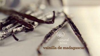 Coffee-Mate Natural Bliss Almond Milk Creamer TV Spot, 'El mundo de los creamers' [Spanish] - Thumbnail 4