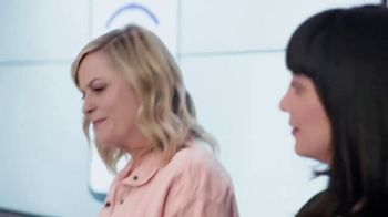 XFINITY Mobile TV Spot, 'A Little Bird Told Me: $250 Back' Featuring Amy Poehler - Thumbnail 1
