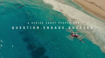 Charles Schwab TV Spot, 'The Challengers' Featuring Greg Norman - Thumbnail 8