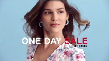 Macy's One Day Sale TV Spot, 'Deals of the Day: Sportswear, Pillows and Shoes' - Thumbnail 8