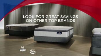 Rooms to Go Memorial Day Mattress Sale TV Spot, 'Special Purchase' - Thumbnail 5
