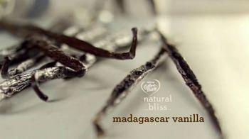 Coffee-Mate Natural Bliss Almond Milk Creamer TV Spot, 'Turning the Creamer World Upside Down' - Thumbnail 4