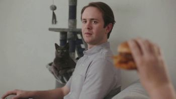 Wendy's Made to Crave Chicken Sandwiches TV Spot, 'Basic Mike' - Thumbnail 5