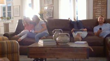 La-Z-Boy Father's Day Sale TV Spot, 'Pair of Recliners' - Thumbnail 3