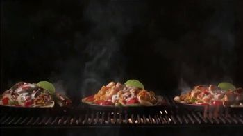 Applebee's Loaded Chicken Fajitas TV Spot, 'Smothered in Queso: $10.99' Song by Pat Benatar - Thumbnail 7