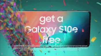Samsung Galaxy S10e TV Spot, 'Happy Galaxy Day: Buy One Get One' - Thumbnail 2