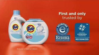 Tide PODS Free & Gentle TV Spot, 'For Super Heroes With Sensitive Skin' - Thumbnail 9