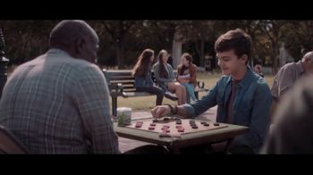 Extra Refreshers Gum TV Spot, 'Max & Bill: Introduction' Song by Jacob Banks - Thumbnail 3