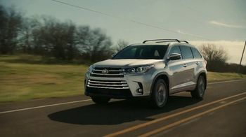 2019 Toyota Highlander TV Spot, 'Best Seats in the House' [T1] - Thumbnail 1