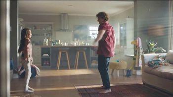 Philips Norelco S6000 TV Spot, 'Progress' - Thumbnail 4