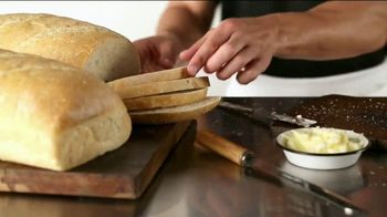 Corner Bakery Choose Two TV Spot, 'Making Your Choice Simple' - Thumbnail 5