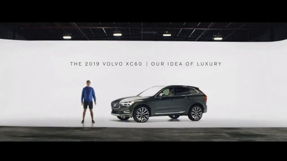 Volvo Summer of Safety Sales Event TV Commercial, 'Jogger: 2019 XC60' [T2]