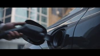 Volvo Summer of Safety Sales Event TV Spot, 'Jogger: 2019 XC60' [T2] - Thumbnail 2