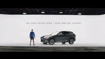 Summer of Safety Sales Event: Jogger: 2019 XC60 [T2] thumbnail