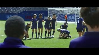 Hulu TV Spot, 'The U.S. Team's New Goal Celebration' Featuring Mia Hamm, Abby Wambach - Thumbnail 4