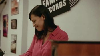 MassMutual TV Spot, 'Moments You Plan For: The Family Record Store' Song by Lack of Afro - Thumbnail 5