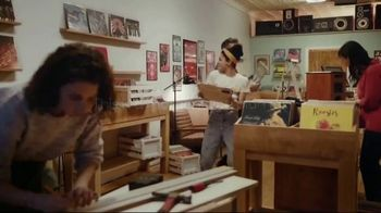 MassMutual TV Spot, 'Moments You Plan For: The Family Record Store' Song by Lack of Afro - Thumbnail 7